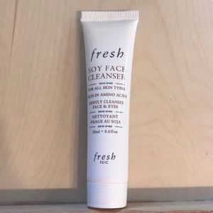 💄 5/$15 Fresh Soy Face Cleanser